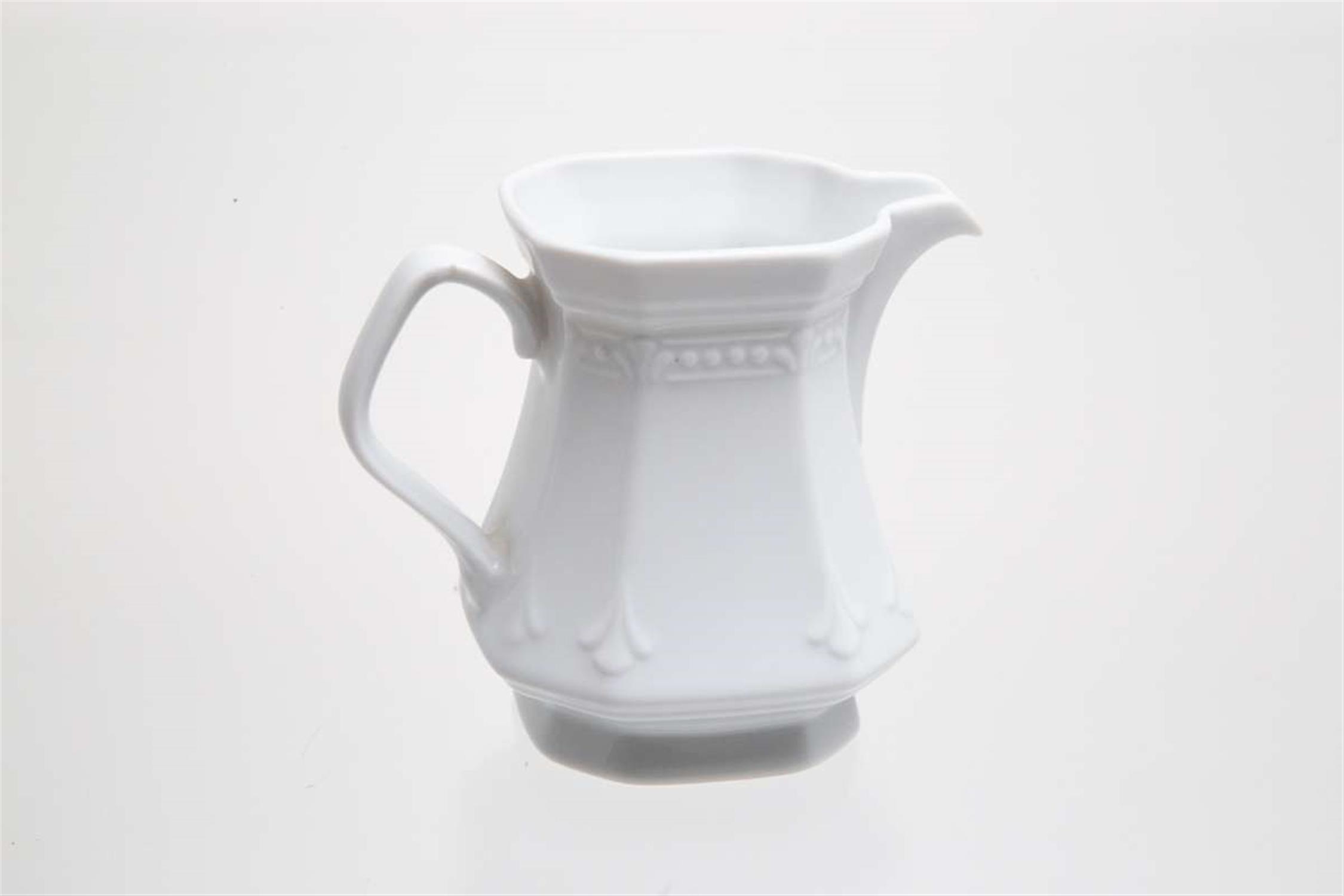 Γαλατιέρα πορσελάνινη λευκή 200ml