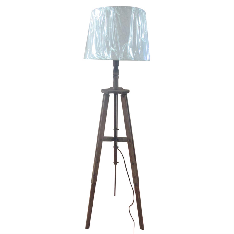Λάμπα επιδαπέδια τρίποδας ξύλινη με υφασμάτινο καπέλο Δ40x150cm Inart 3-15-716-0103