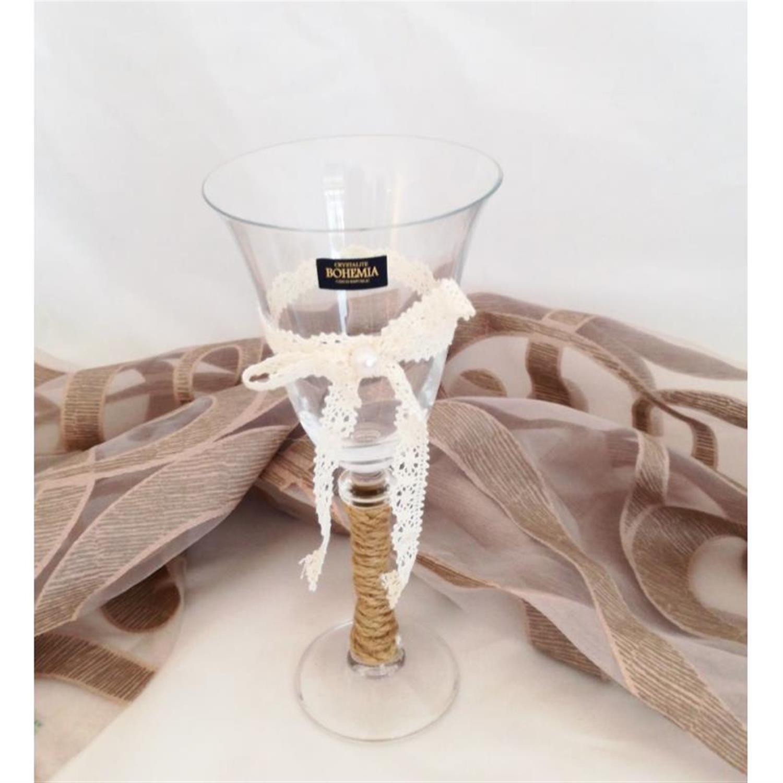 Ποτήρι κρασιού κρυστάλλινο διακοσμημένο με δαντέλα καφέ σκοινί και πέρλα