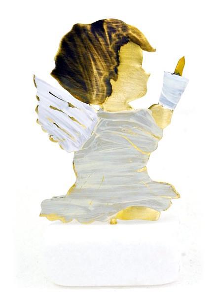 Χειροποίητο διακοσμητικό επιτραπέζιο αγγελάκι με κερί σε βάση ορειχάλκινο λευκό/ιβουάρ 5x9cm