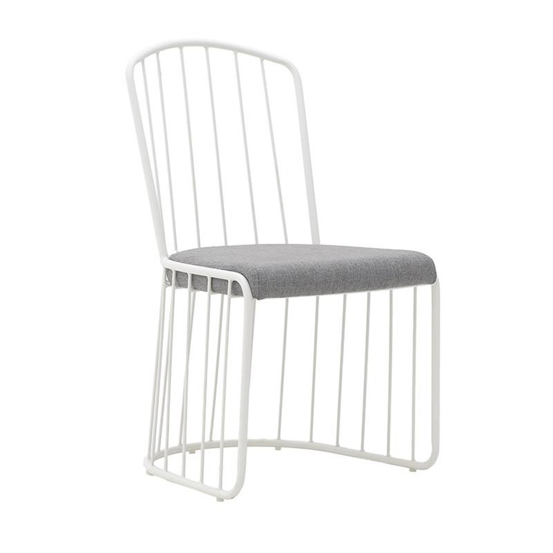 Καρέκλα μεταλλική γκρι/λευκή 46×45.5x89cm Inart 3-50-005-0011